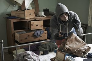 Bump proof locks Katy, TX - Burglar in hoodie robbing a home . Wouldn't be an issue with a bump proof lock!